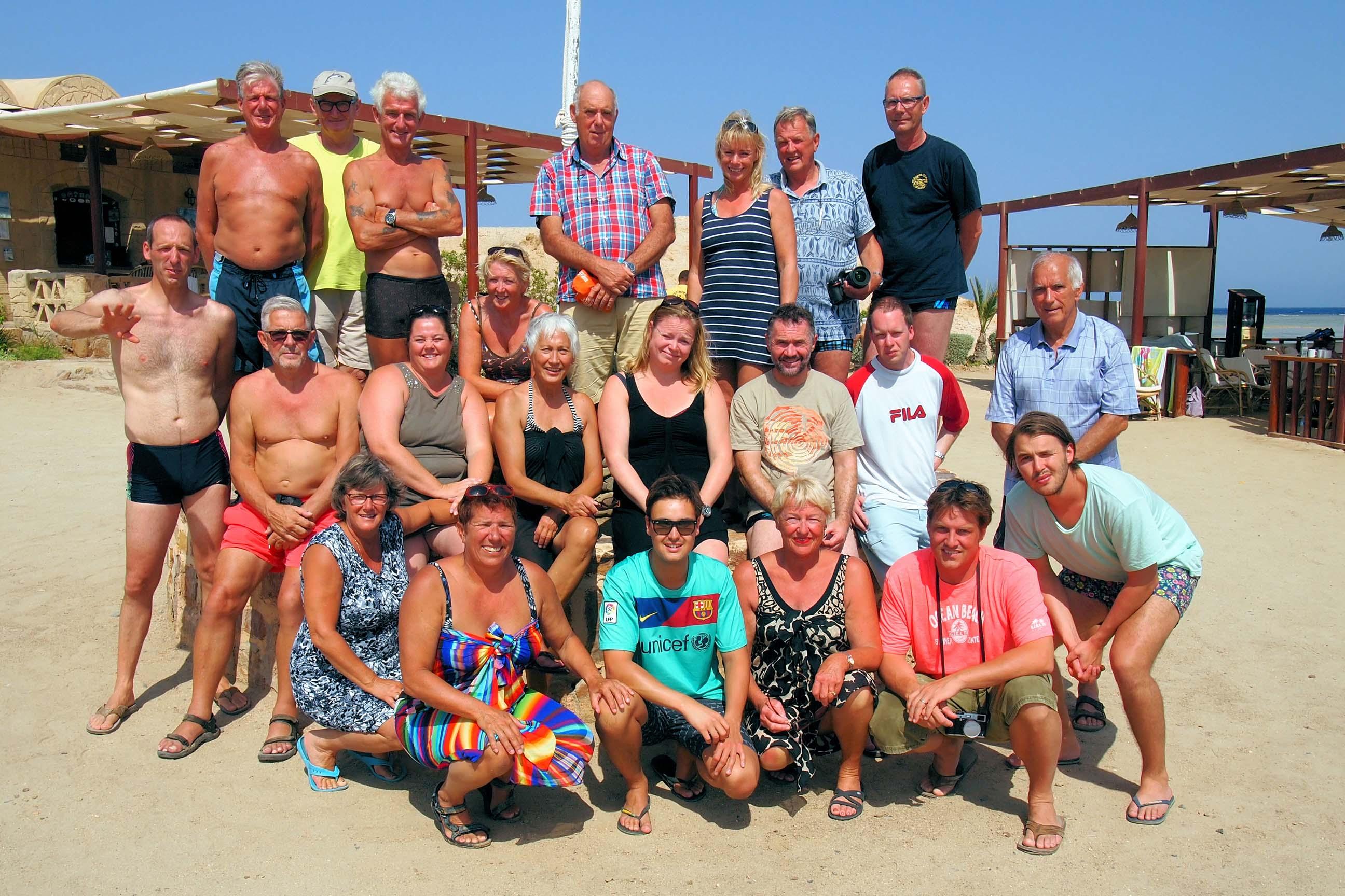 Het gezellige clubje duikers/sters van de Rescue Divers Breukelen
