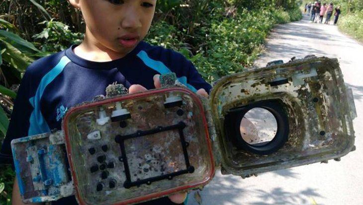 Camera drijft 3 jaar in zee, deed het nog prima