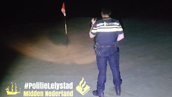 Politie treft nachtelijke duikers op golfbaan