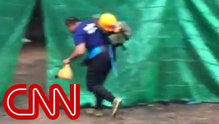 Reddingspoging voor voetballertjes in Thaise grot gestart