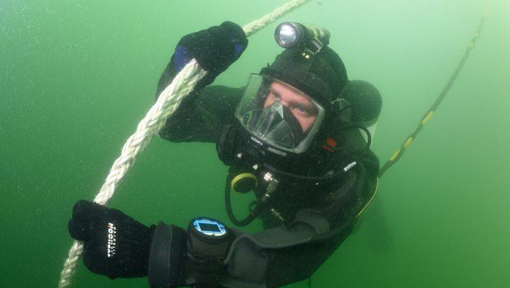 Mijnenbestrijdingsoefening met duikteams Marine