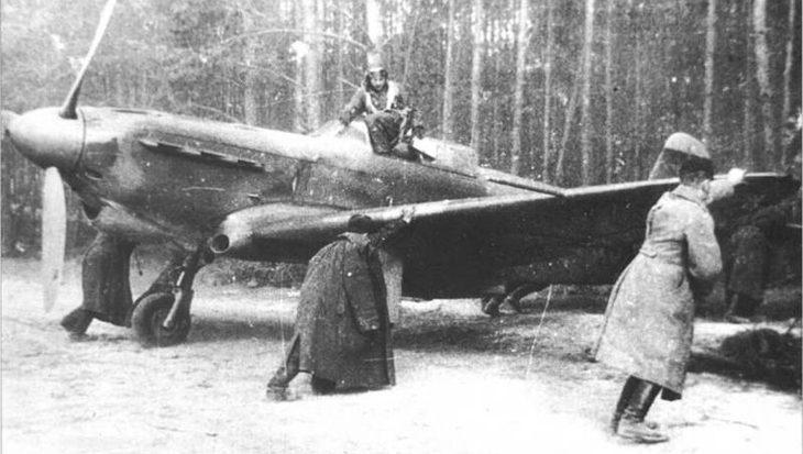 Duikers bergen vliegtuigwrak dat vocht in Tweede Wereldoorlog