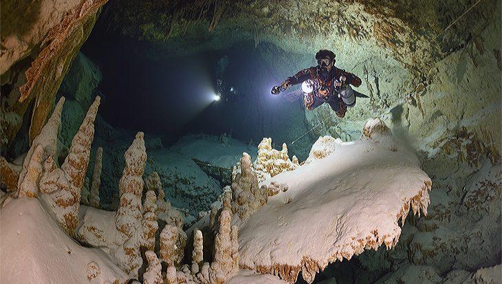 Duister geheim van Belize, grotduiken bij Caye Cauker