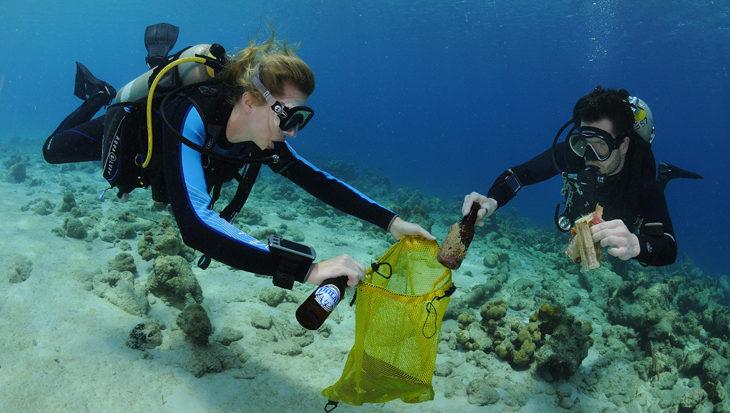 Ocean clean-up dive Bonaire