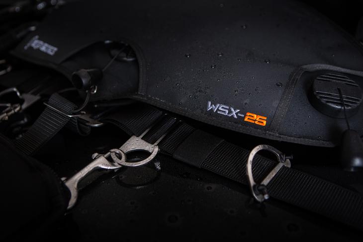 Sidemount APEKS WSX-25