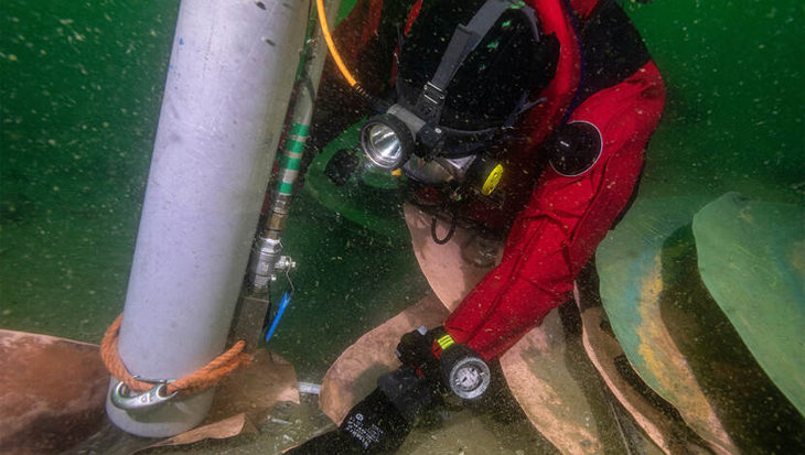 Koperwrak op de Noordzee onderzocht en opgegraven