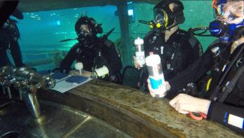 Eerste Europese onderwatercafébij Todi