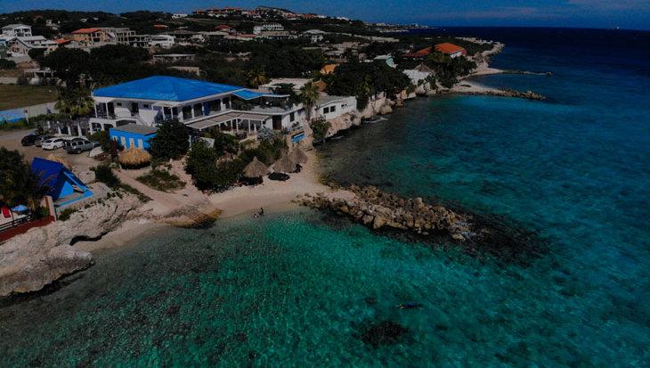 Kantduiken en boodschappen laten bezorgen: heerlijk relaxte duikvakantie op Curaçao
