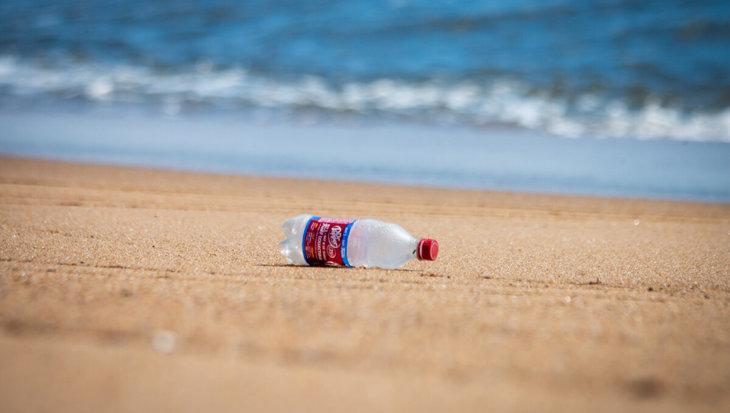 Op de oceaanbodem is maar liefst 14 miljoen ton microplastics te vinden