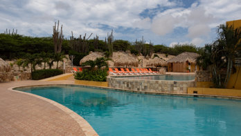 Hillside Apartments Bonaire: schitterend uitzicht en twee zwembaden