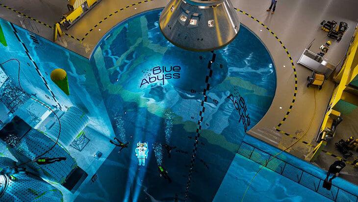 Blue Abyss met 50 meter het diepste zwembad ter wereld?